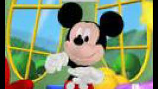 Mickey Mouse hot dog en español