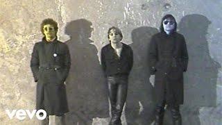 Hansi Lang - Montevideo(Music video by Hansi Lang performing Montevideo. (C) 1982 Schallter/BMG Ariola Austria GesmbH., 2009-10-25T18:47:46.000Z)