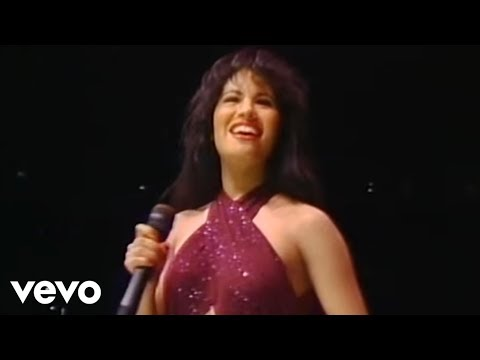 Selena - Baila Esta Cumbia (Live From Astrodome)