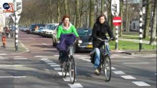 What defines Dutch cycling? thumbnail