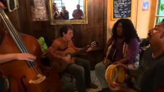 Arko Mukhaerjee à Tours, au 64   part 7 song: Sonar Chad(fakiri song)