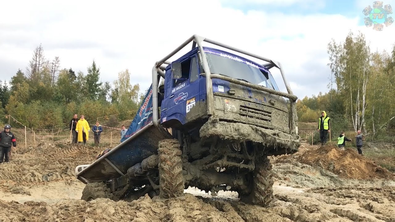 Stunning Truck Trial - Trucks in the MUD!