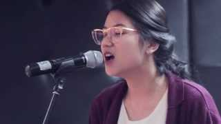 Weezer - Buddy Holly cover by Danilla Riyadi [Kongkow Bareng]