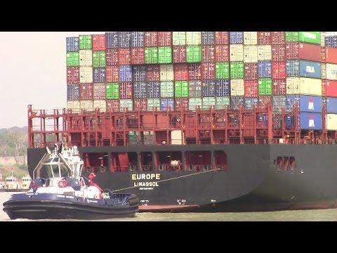 Container Ship EUROPE at Gamboa - Panama Canal - Gaillard Cut (April 28, 2017)