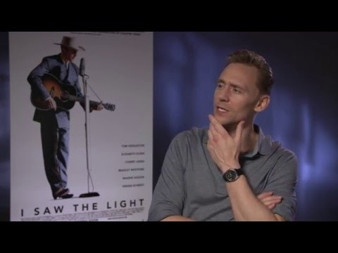 Tom Hiddleston talks cats, dogs, Prince & Taylor Swift
