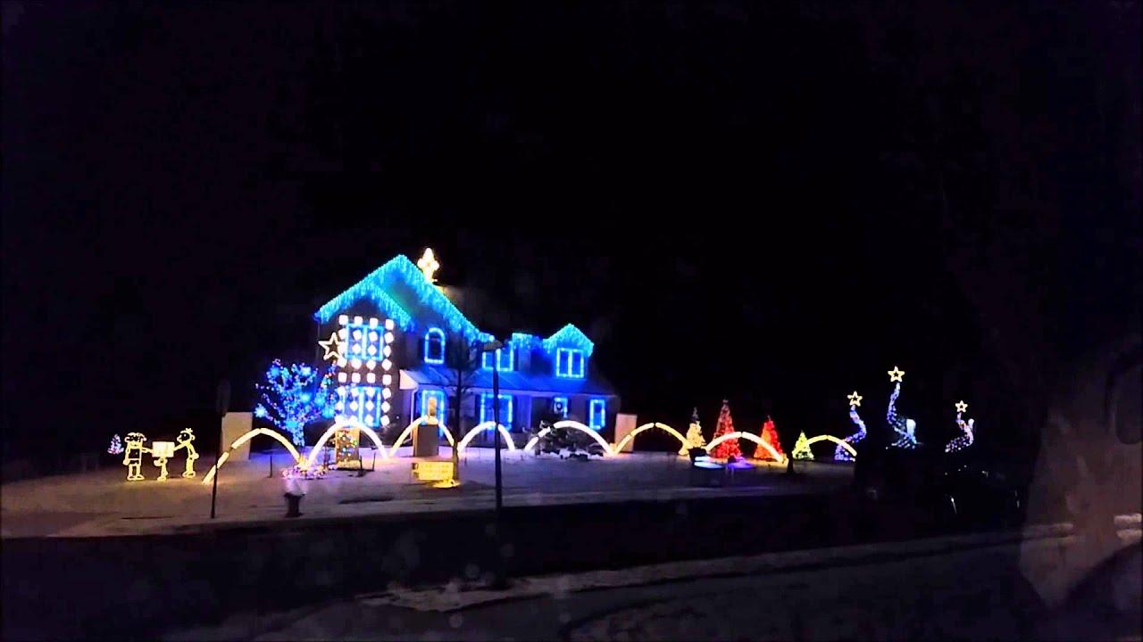 Let It Go at Canigiani Christmas Light Show - YouTube