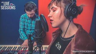 Kat Quin feat. Alex Vasev - QUEEN /acoustic cover/