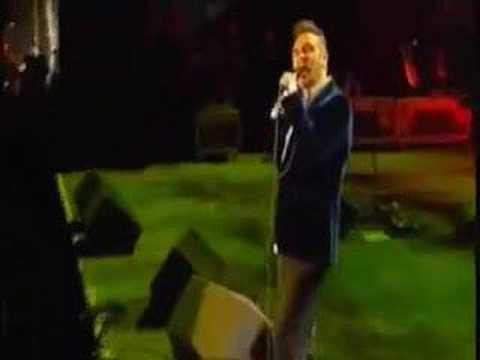 Morrissey - I Like You (Carling Festival) mp3