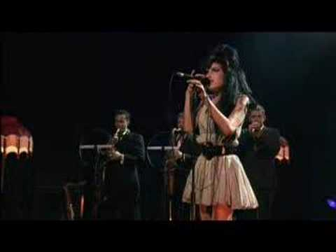 Amy Winehouse - Love Is A Losing Game (Live)
