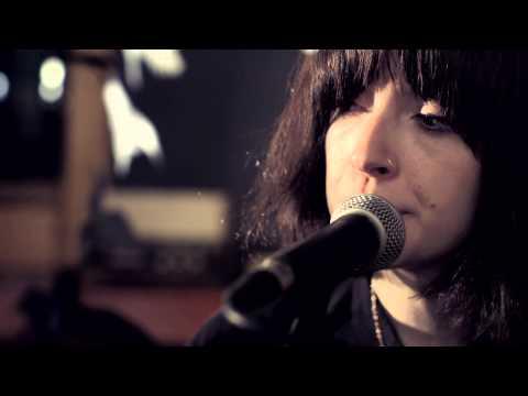 """Daughter - """"Amsterdam"""" (Live @ Air Studios)"""