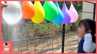 콩순이 꾸러기 유니 물풍선 터트리기 놀이 ♡ 상어가족 영어 색깔놀이 색깔송 핑거패밀리 인기 동요 learn colors kids play | 말이야와아이들 MariAndKids