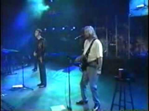 Bee Gees - How Deep Is Your Love - Live At Wango Tango 2001