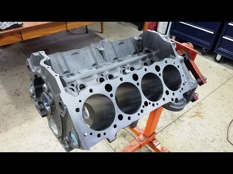 Engine Building Part 1 The Block - 350 Chevy with a Holley Sniper EFI for a '76 Vette
