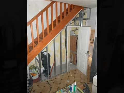 Toilette suspendu sous escaliers youtube - Toilette sous escalier ...