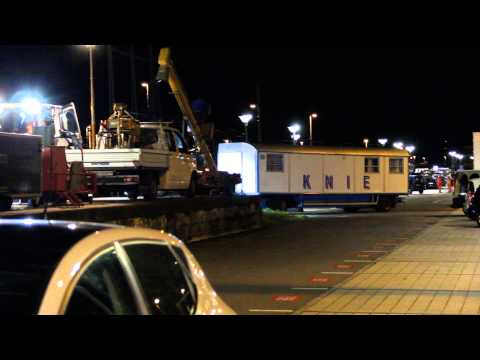 Circus KNIE chargement gare Solothurn 2014