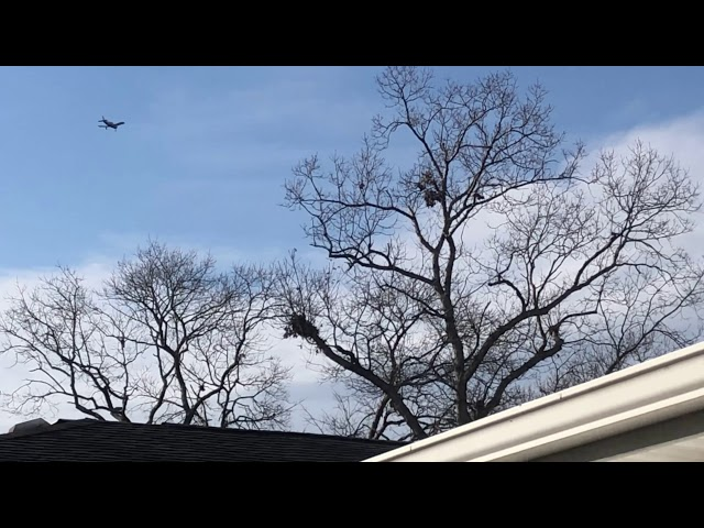 Plane spotting Brookhaven Calabro Airport runway 33 arrivals over my house