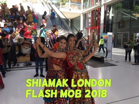 Shiamak London| Flash Mob| Chogada | Dholida Song|Flash Mob London |flash Mob Dance|
