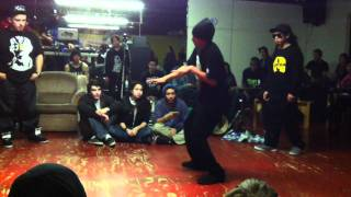Venom  & MonstaPop vs FreakWen-C & Shawn Moon Runners Poppin Finals  MTL Bboying 6TH Anniversaire