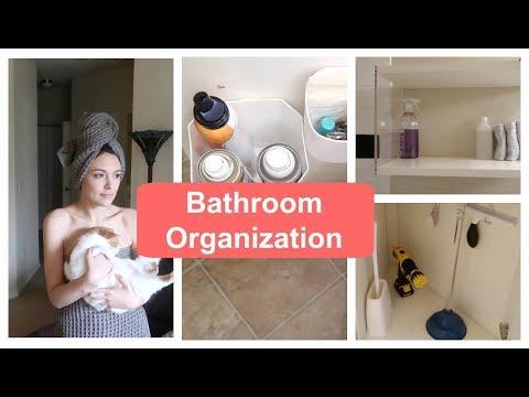 Minimalist Bathroom Organization
