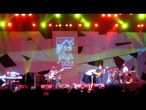 FOURPLAY ~ 3rd DEGREE & BALI RUN & gifts ~ Java Jazz Festival 2013