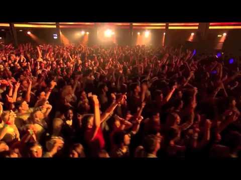 Calvin Harris Ft Kelis - Bounce  ITunes Festival 2012