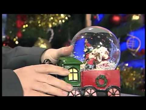 Musical Snow Globe with train - Christmas Gift Guide