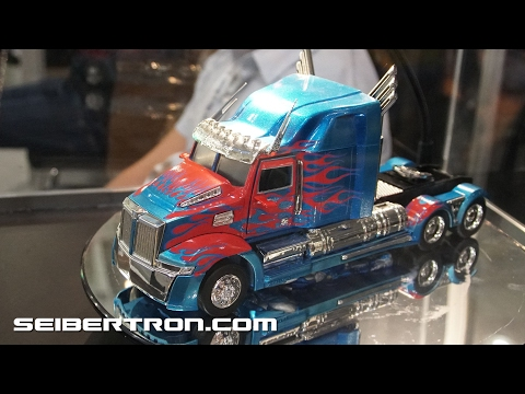Toy Fair 2017: Jada Toys Transformers Products featuring Optimus Prime