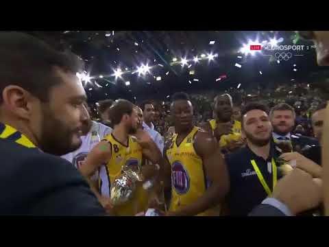 La Premiazione Della Finale Di Coppa Italia Di Basket 2018