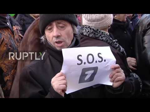 Moldova: 'Jurnal TV is me' - Dozens march in support of local broadcaster