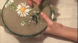 Вышивка лентами для начинающих. Ромашка (часть 4)
