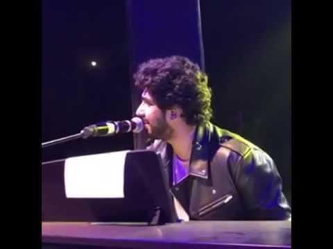 Amaal Mallik Singing Ishara On His PIANO!! |AmaalMallikLive