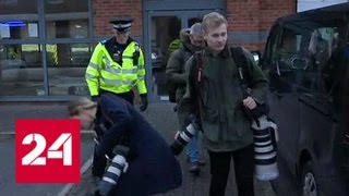 Полиция взяла штурмом боулинг в Нанитоне, заложники освобождены - Россия 24