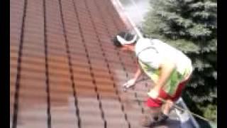 Dachówka cementowa nakładanie pierwszej warstwy
