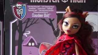 Clawdeen Wolf jako Czerwony Kapturek - Upiorne Opowieści - Monster High - www.MegaDyskont.pl