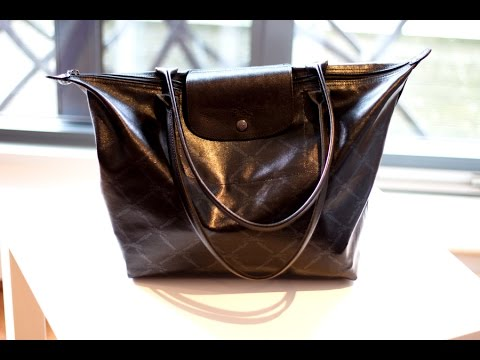 What s in my Bag Purse  (Longchamp LM Metal Tote) - YouTube 3cbf4d0b682bf