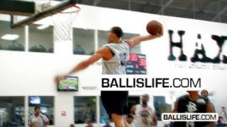 7' javale mcgee dunking all over competition @ nike real run
