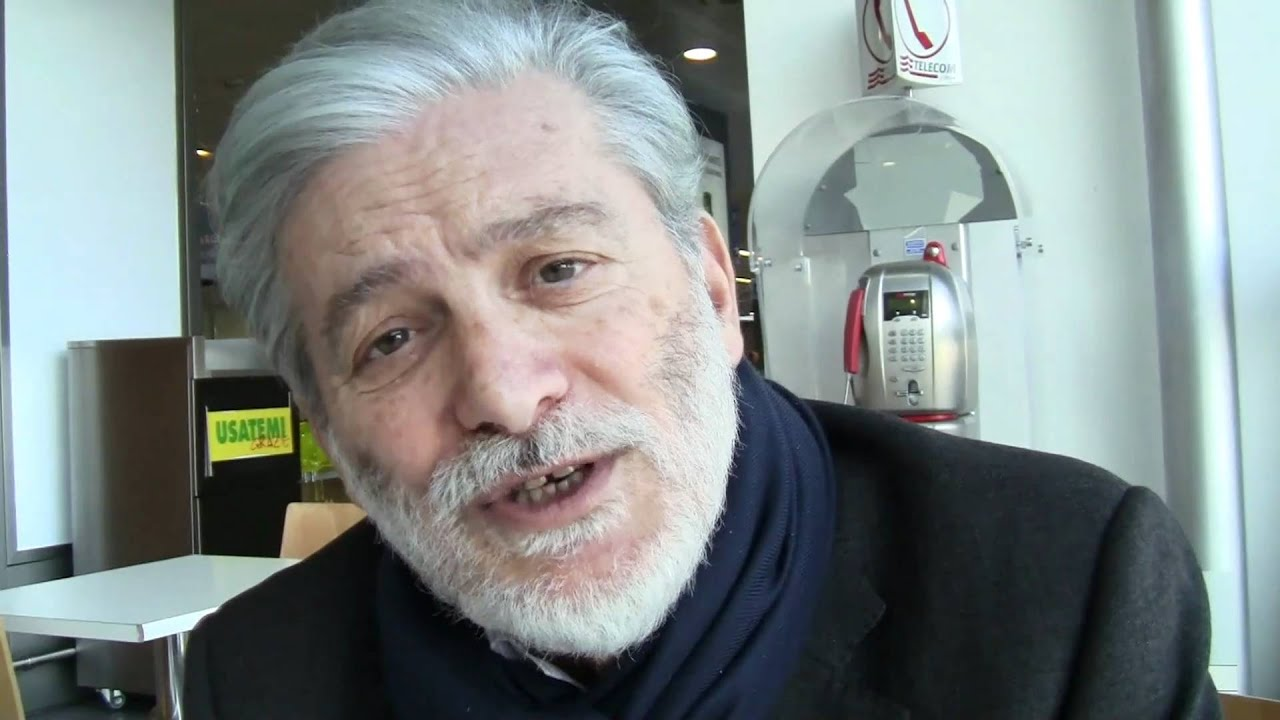 Roberto Pazzi - Wikipedia