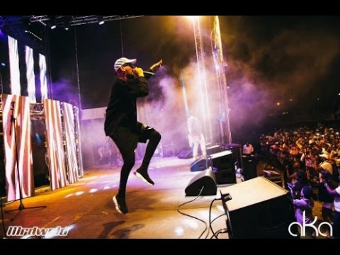 """AKA PERFORM """"ROLL UP"""" LIVE AT  LIGHTS SWITCH-ON IN CAPE TOWN"""