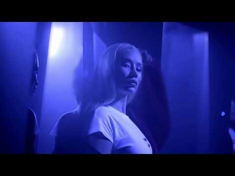 Iggy Azalea - Mo Bounce (Twerking Version)
