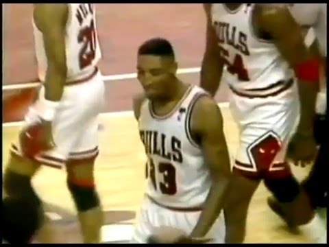 Throwback: Scottie Pippen Monster Dunk On Patrick Ewing!