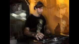 dubstep - Omega - Noize Komplaint (feat. stonesour) 2012