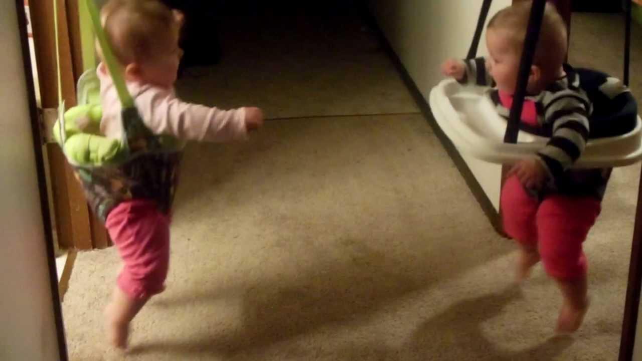 Twin babies bouncing, laughing - YouTube