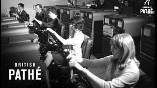 Aetna Drivotrainer (1967) | Automobile driving simulator for teaching driving | Video