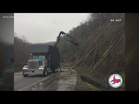 Rock slide shuts down stretch of I-40