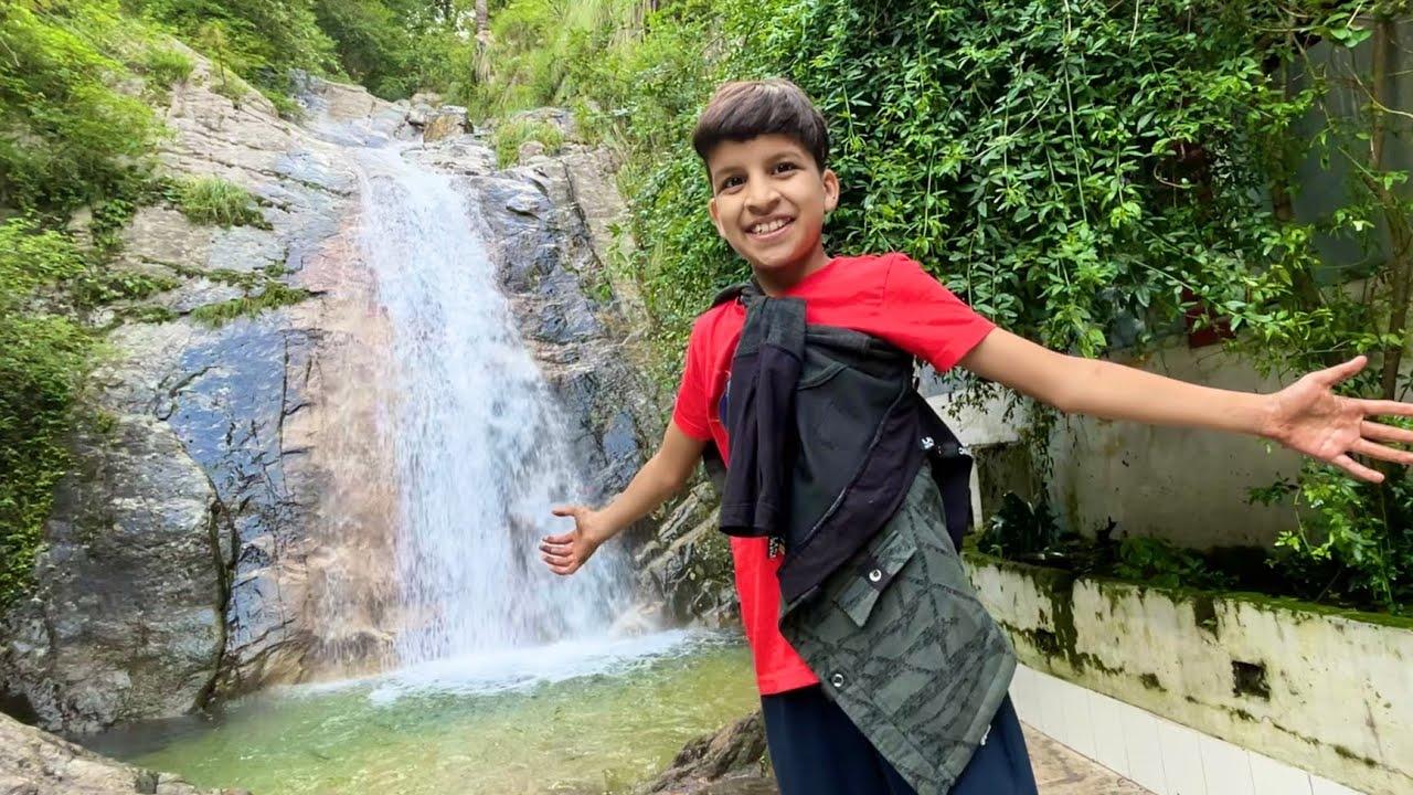 Waterfall Pe Dance 😍