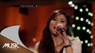 Elizabeth Tan Dekat di Hati Music Everywhere