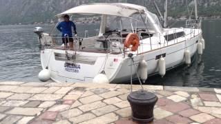 Швартовка яхты лагом в одиночку