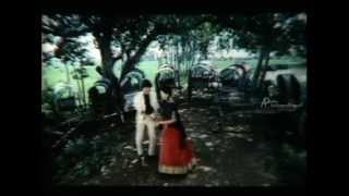 Pen Puthi Mun Puthi- Koluse Koluse Song