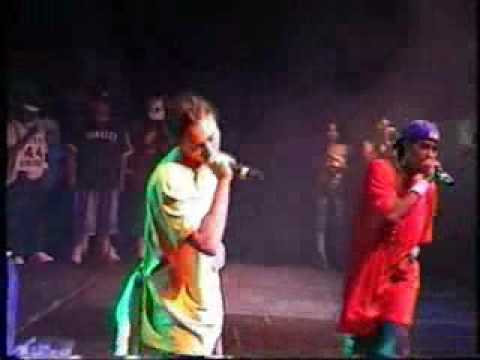 :) BIZZY AND LAYZIE LIVE CONCERT