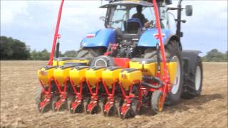 Vaderstad Tempo - OSR establishment at Morley Growcrop Gold site autumn 2014